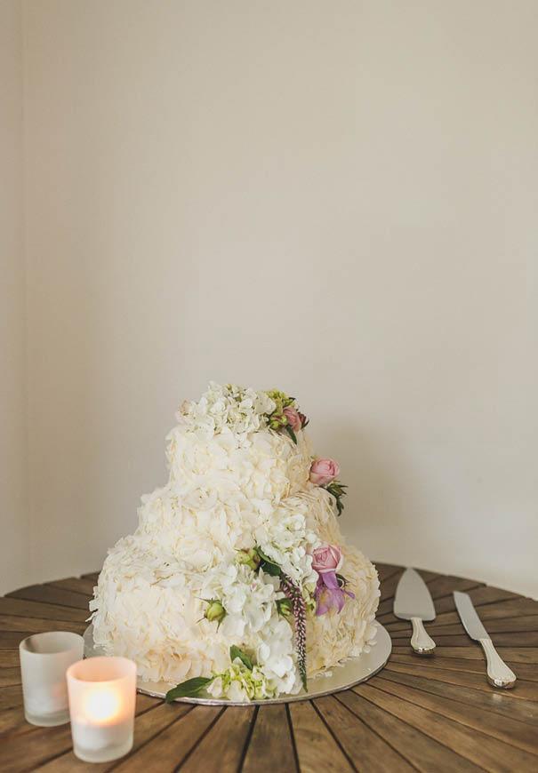 cool-wedding-cake-ideas-fruit-flowers-succulents-dessert8