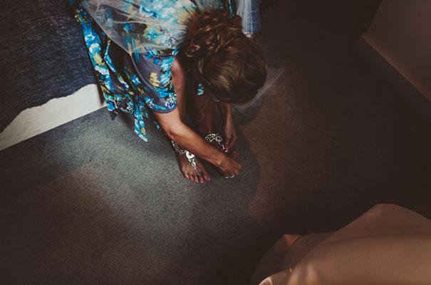 karen-willis-holmes-beck-rocchi-wedding-photographer-barefoot-bride7
