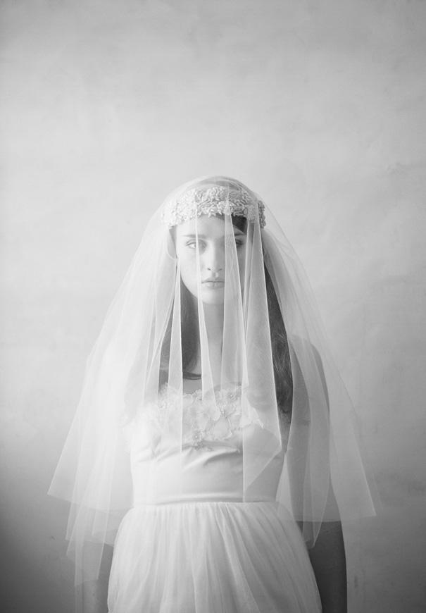 twigs-and-honey-bridal-accessories-wedding-dress-elizabeth-messina14