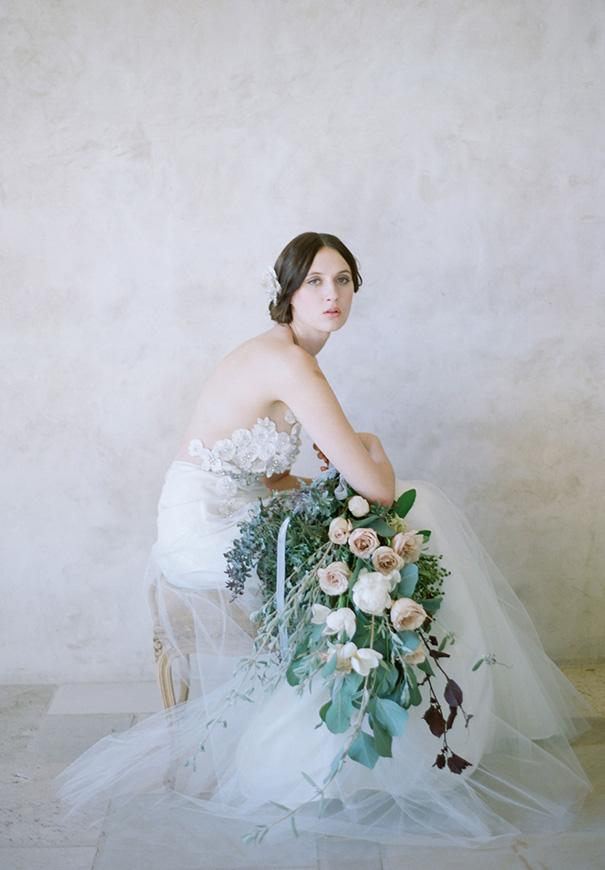 twigs-and-honey-bridal-accessories-wedding-dress-elizabeth-messina2
