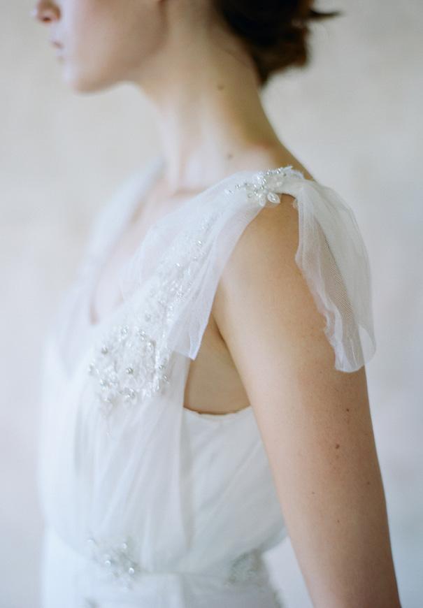 twigs-and-honey-bridal-accessories-wedding-dress-elizabeth-messina20