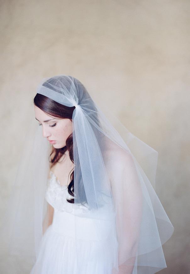 twigs-and-honey-bridal-accessories-wedding-dress-elizabeth-messina22