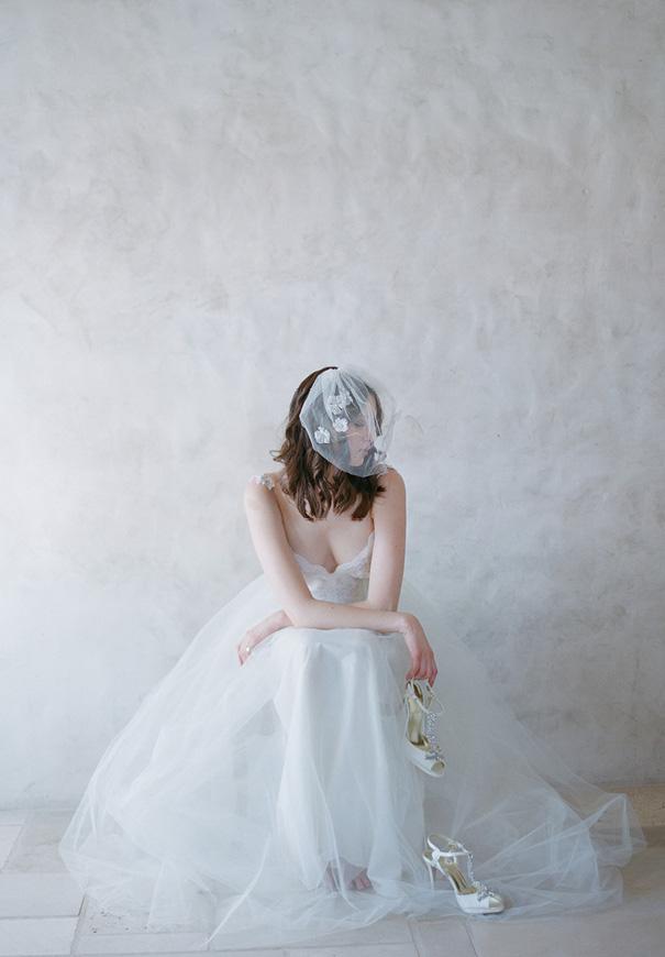 twigs-and-honey-bridal-accessories-wedding-dress-elizabeth-messina4