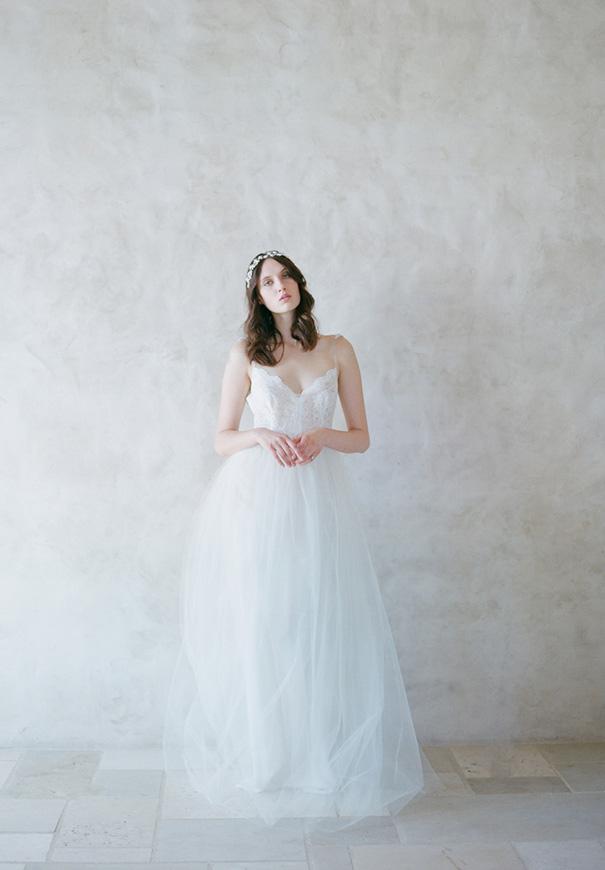 twigs-and-honey-bridal-accessories-wedding-dress-elizabeth-messina7