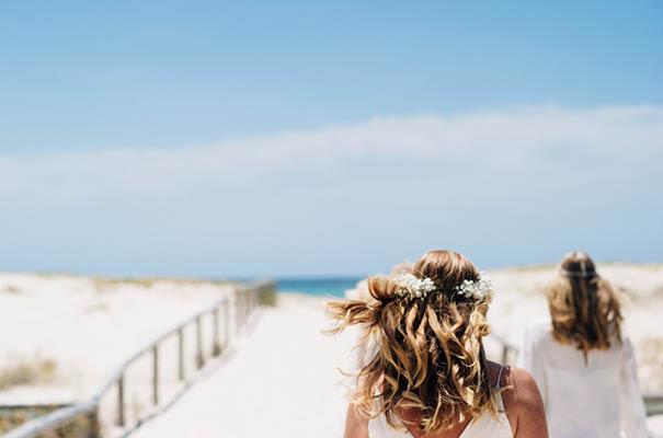 zimmerman-bridalgown-backyard-casual-wedding6