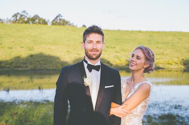 purple-hair-bride-wedding-inspiration-barn-country23