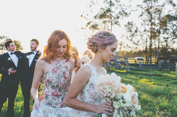 purple-hair-bride-wedding-inspiration-barn-country30