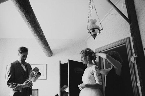 stockhold-sweden-justin-aaron-destination-wedding-photographer-braids-hair-inspo14