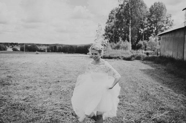 stockhold-sweden-justin-aaron-destination-wedding-photographer-braids-hair-inspo19