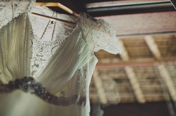 bali-wedding-jenny-packham-bridal-gown-dan-oday-photography