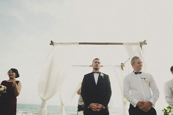 bali-wedding-jenny-packham-bridal-gown-dan-oday-photography17