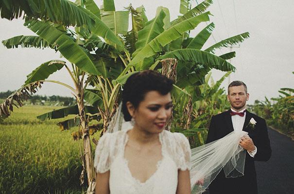 bali-wedding-jenny-packham-bridal-gown-dan-oday-photography28
