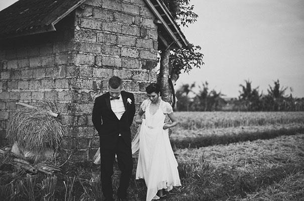 bali-wedding-jenny-packham-bridal-gown-dan-oday-photography35