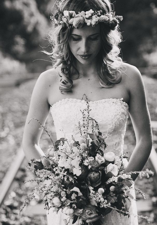 best-byron-bay-wedding-flower-crown-shane-shepherd-photography13