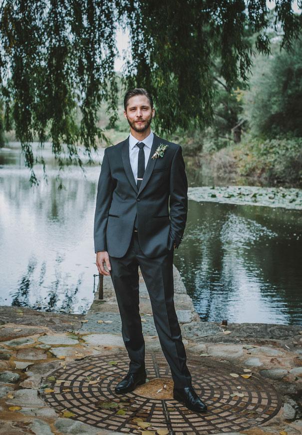 paolo-sebastian-south-australian-wedding-twigs-and-honey-gold-wreath7