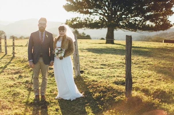 stories-by-ash-queensland-wedding-gold-wreath-bride32