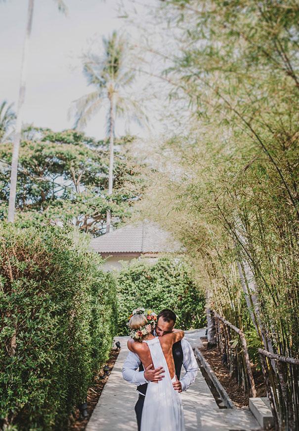 ASIA-thailand-destination-wedding-photographer-flower-crown273