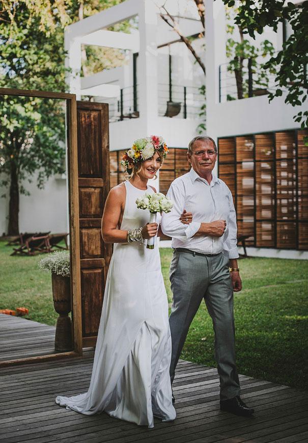 ASIA-thailand-destination-wedding-photographer-flower-crown276