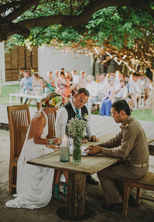 ASIA-thailand-destination-wedding-photographer-flower-crown277