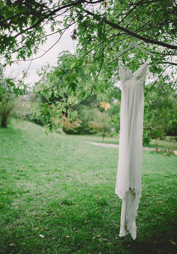 NSW-moss-garden-forest-romantic-elizabeth-filmore-bridal-gown