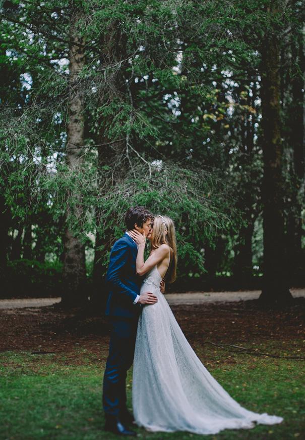 NSW-moss-garden-forest-romantic-elizabeth-filmore-bridal-gown5