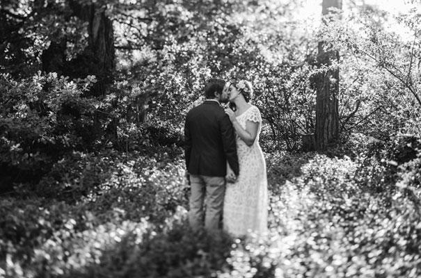 barn-country-farm-wedding-rue-de-seine-bridal-gown17