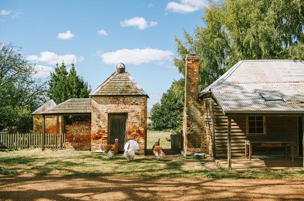 barn-country-farm-wedding-rue-de-seine-bridal-gown20