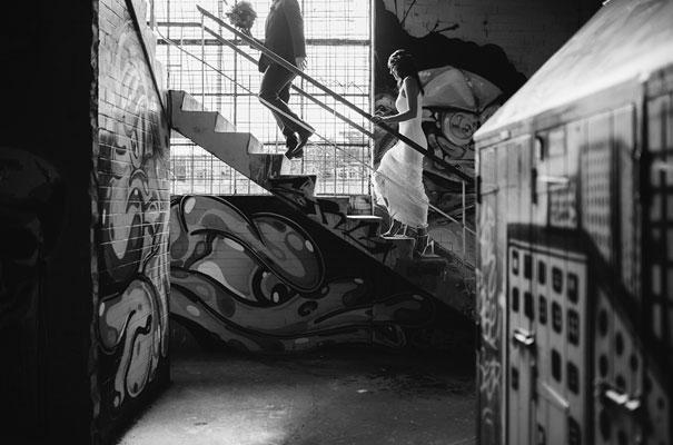 geelong-warehouse-wedding-photographer-industrial-melbourne-bride25