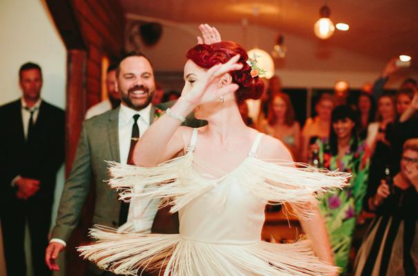 retro-vintage-bride-rock-n-roll-wedding28