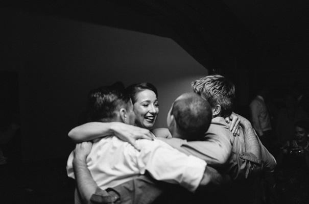 retro-vintage-bride-rock-n-roll-wedding29