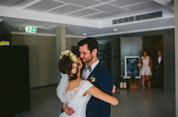 romantic-garden-party-floral-crown-wedding17