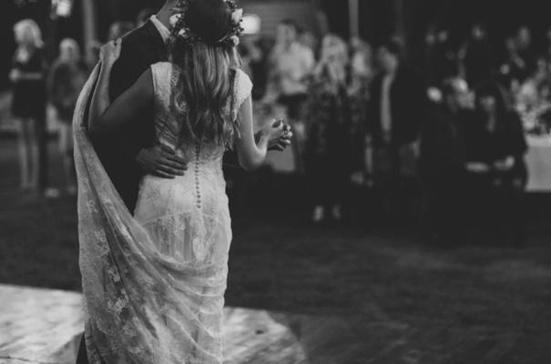 romantic-garden-party-floral-crown-wedding55