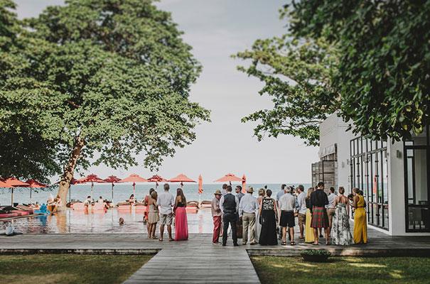 thailand-destination-wedding-photographer-flower-crown11