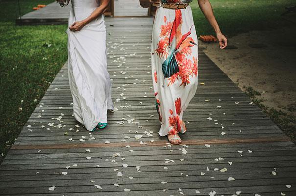 thailand-destination-wedding-photographer-flower-crown18