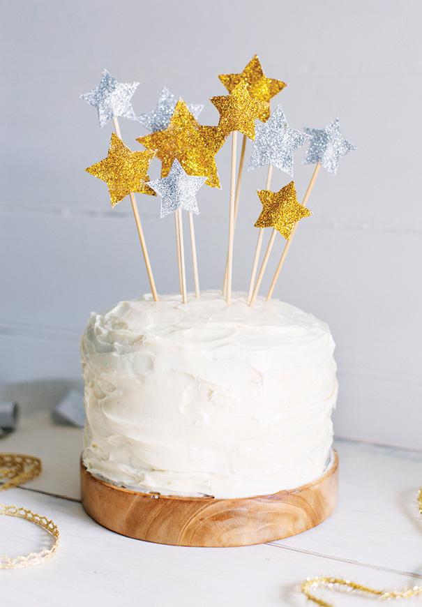 DIY-gold-silver-cake-topper-wedding-cake-2