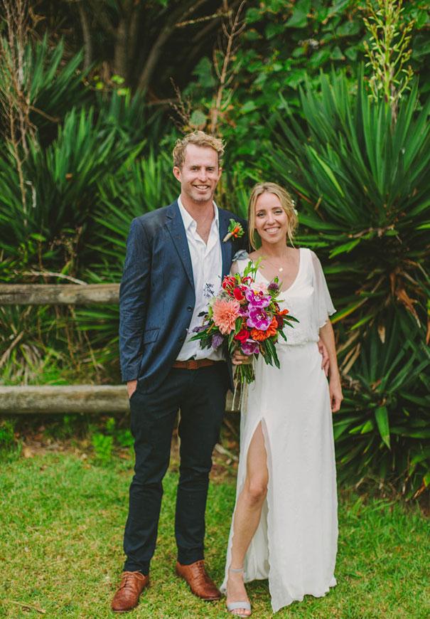NSW-ben-adams-white-wedding-beach-coastal-barefoot-bride5