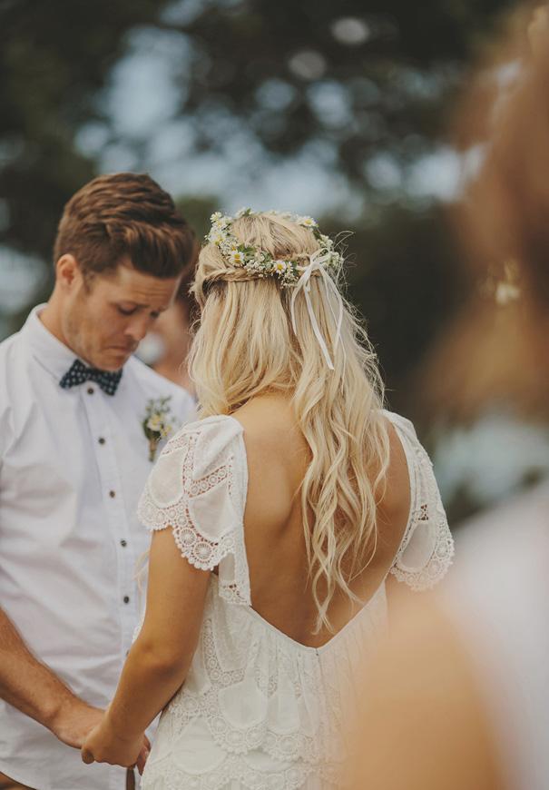 NZ-rue-de-seine-danelle-bohane-new-zealand-backyard-wedding-inspiration-daisies53