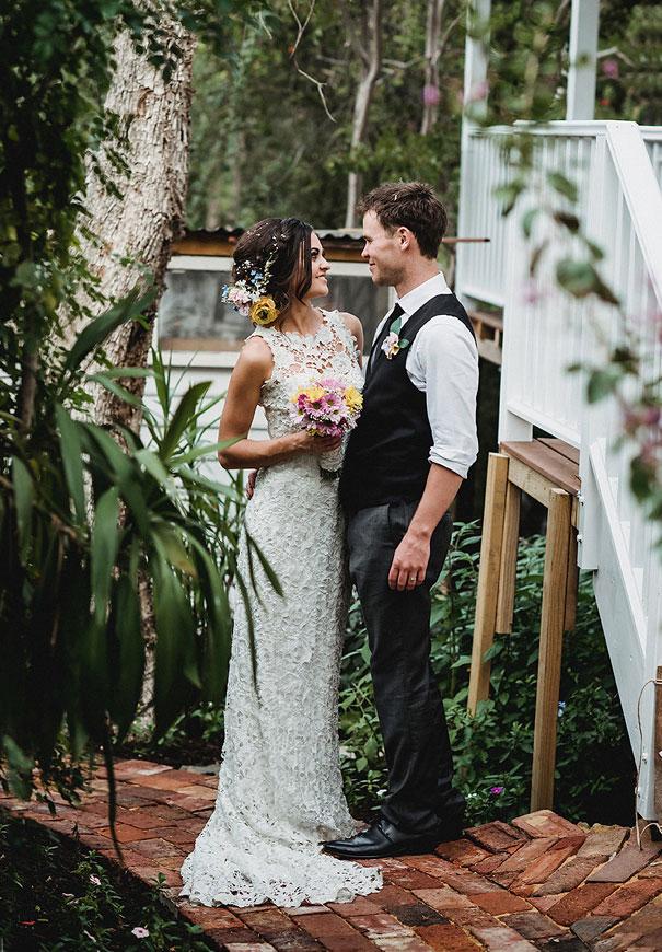 WA-backyard-wedding-wild-daisies-purple-yellow6