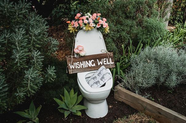 backyard-wedding-wild-daisies-purple-yellow10