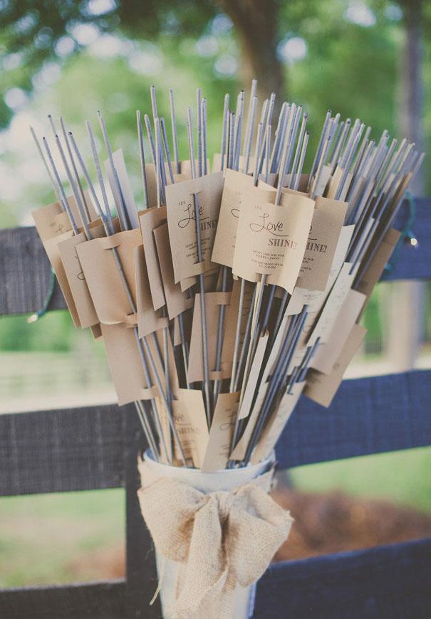 cool-wedding-favour-ideas-inspiration-DIY-jars-plants11