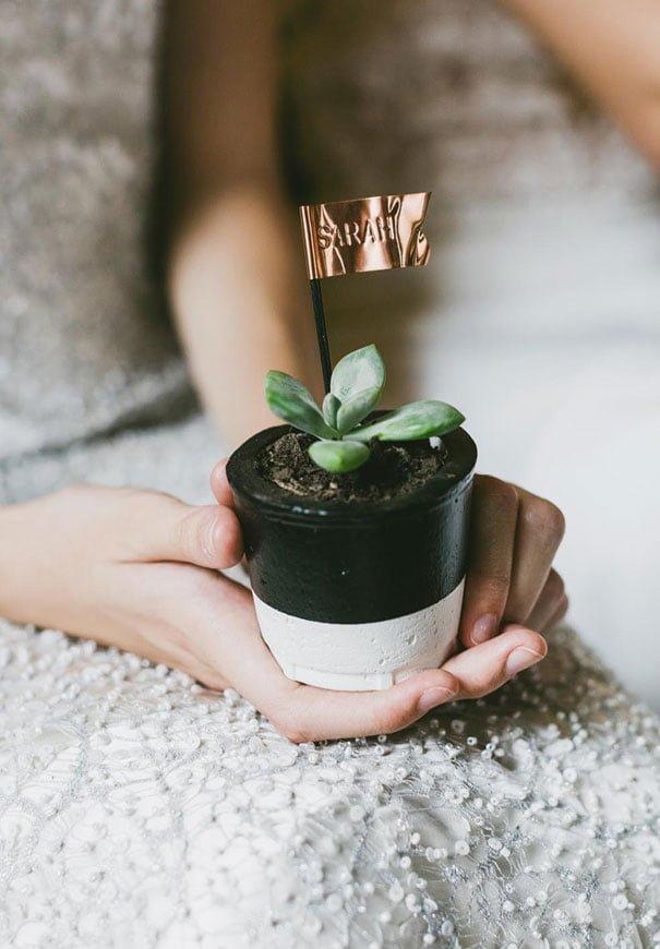 cool-wedding-favour-ideas-inspiration-DIY-jars-plants