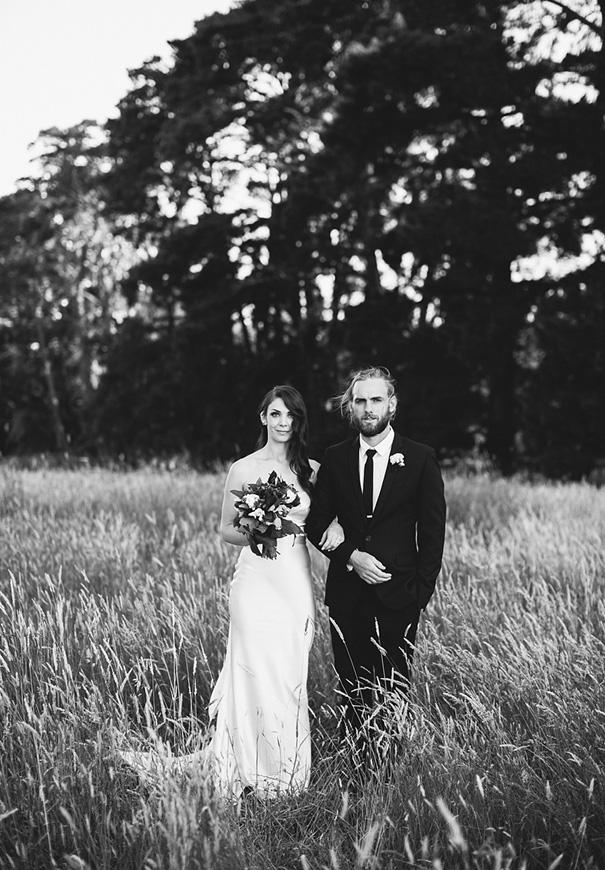 elegant-romantic-DIY-country-wedding-heart-and-colour10
