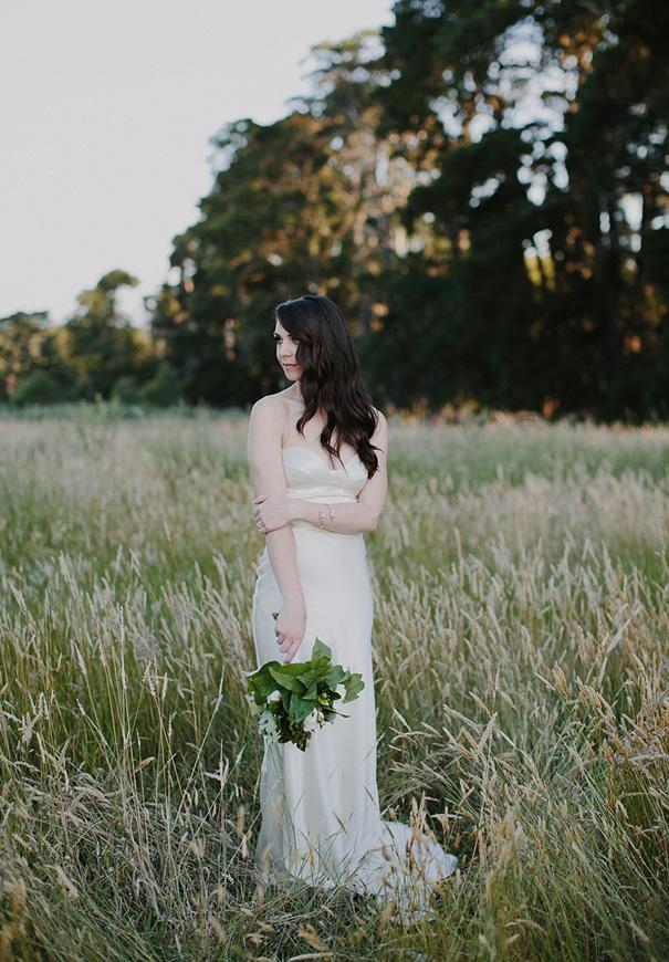 elegant-romantic-DIY-country-wedding-heart-and-colour11