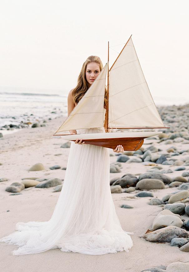 jose-villa-beach-coastal-barefoot-romantic-bridal-inspiration-wedding-styling