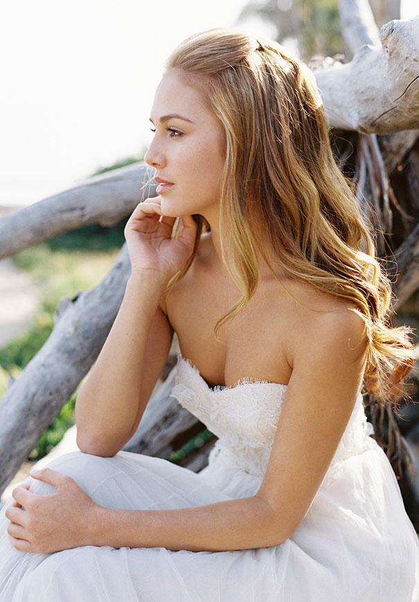 jose-villa-beach-coastal-barefoot-romantic-bridal-inspiration-wedding-styling6