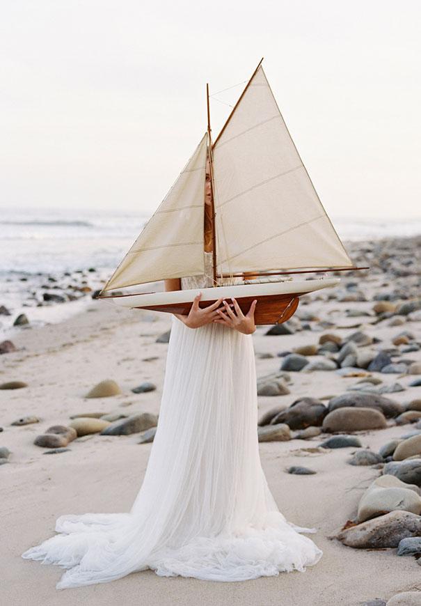 jose-villa-beach-coastal-barefoot-romantic-bridal-inspiration-wedding-styling9