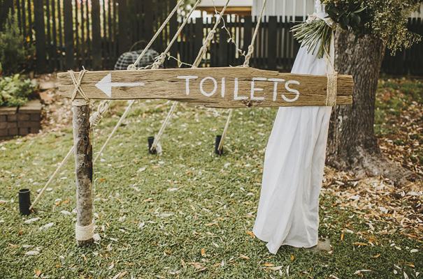 rue-de-seine-danelle-bohane-new-zealand-backyard-wedding-inspiration-daisies35