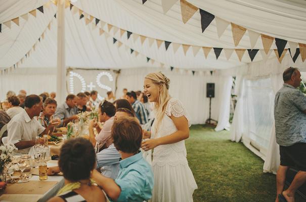 rue-de-seine-danelle-bohane-new-zealand-backyard-wedding-inspiration-daisies46