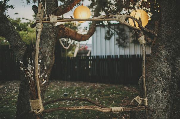 rue-de-seine-danelle-bohane-new-zealand-backyard-wedding-inspiration-daisies47