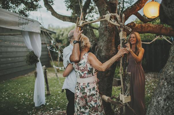 rue-de-seine-danelle-bohane-new-zealand-backyard-wedding-inspiration-daisies48